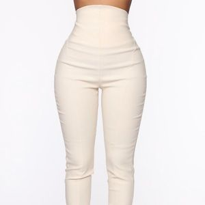 Classy high waisted pants